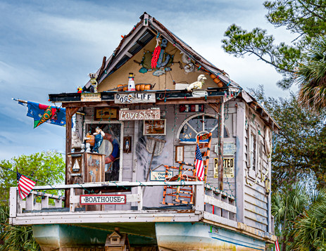 A Houseboat with a Sense of Humor - Ocala National Forest, Florida