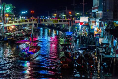 Floating Market at Night - Damnoen Saduak, Ratchaburi