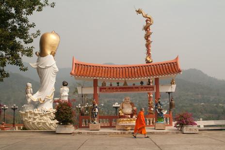 A Buddhist Disneyland -Wat Tha Ton