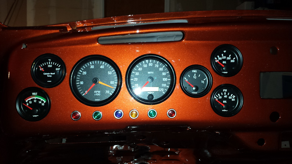 VDO gauges to monitor everything, but also all the idiot lights that would normally be in the dash too!