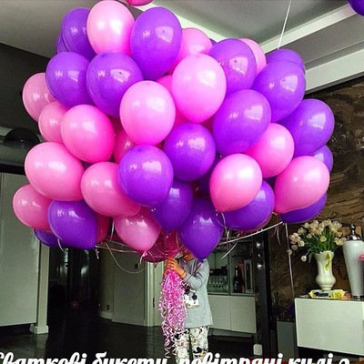 Фиолетовые и нежно-розовые шары