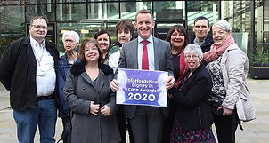 Dignity-in-Care-2020-group-shot..jpg