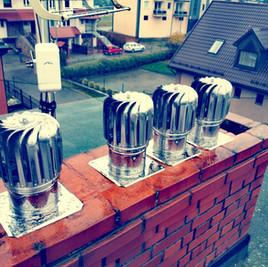 Montowanie nasad kominowych