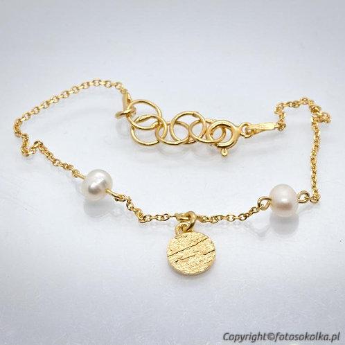 Złocona bransoletka łańcuszek z perłami
