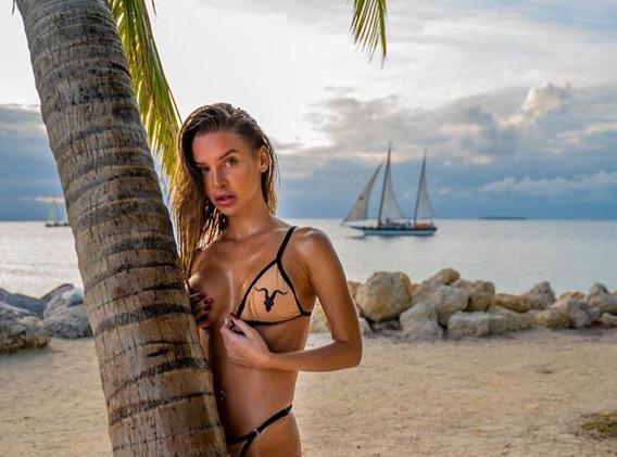 Model Bori at Beach