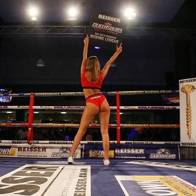 Boxing hostesses