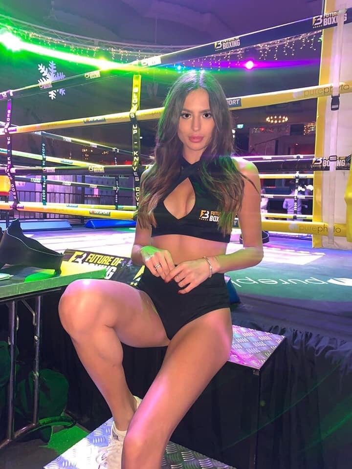 Aliki london ring girl