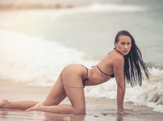 Selina Black Bikini