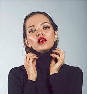 Model Alena T