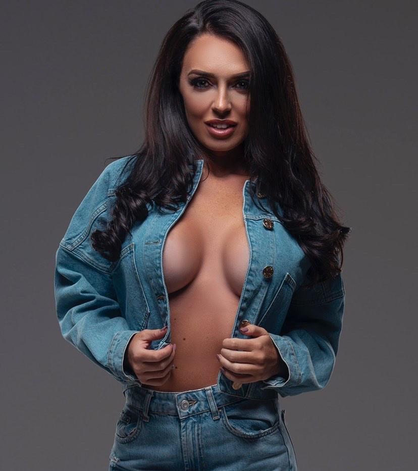 Modelling Agency London Brunette
