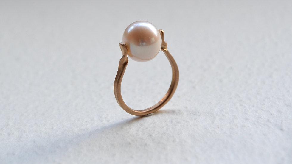 Flesh Water pearl ring