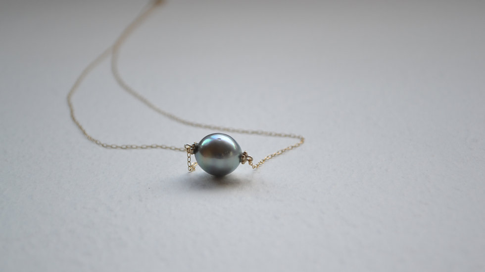 Luce necklace