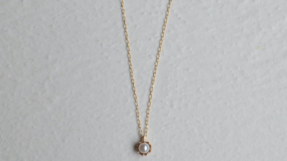 Frill akoya pearl necklace