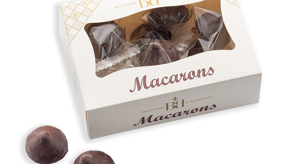 Mini Macarons aux Amandes enrobés de Chocolat Noir