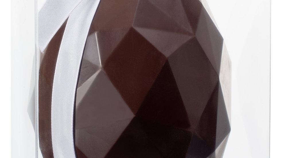 Oeuf en chocolat noir