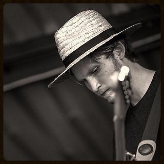 Petrus Piironen Artist | Folk | Singing and songwriter | Progressive | Pop | Ambient | Instrumental