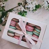 macaron box.jpg