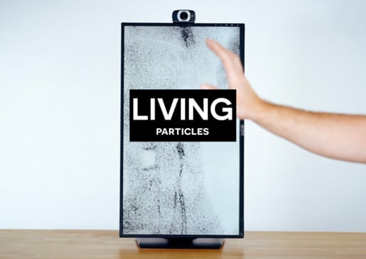 Living particles