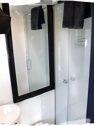 Bathroom 5 (IMG_9850) PS Brush-min.jpg
