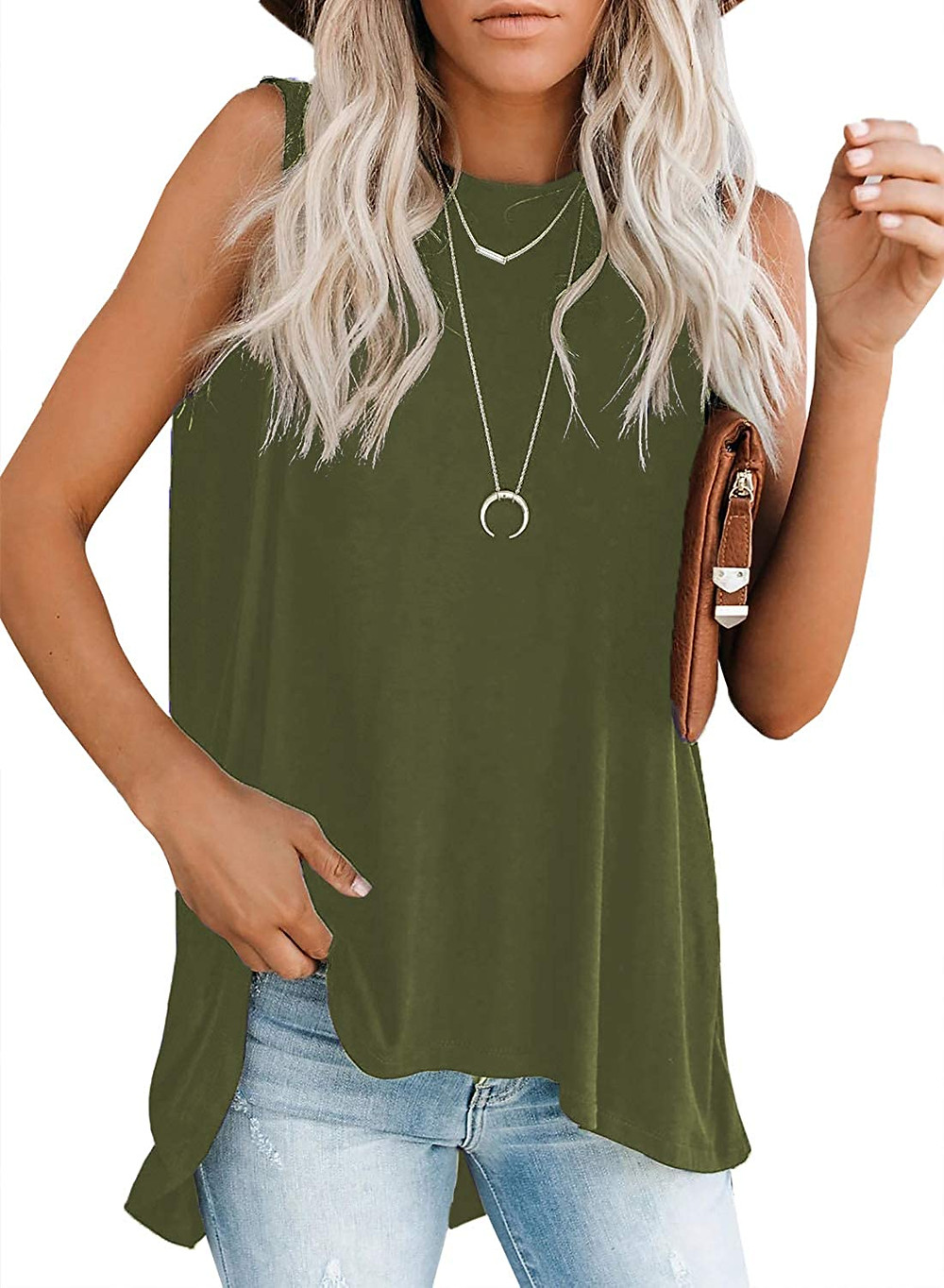 Very comfortable high-low tank top. Can be paired with jeans, leggings for work or leisure.