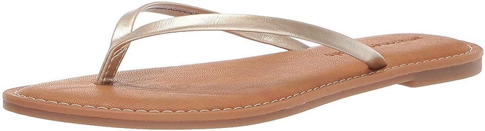 Thong sandals with a comfortable insole crafted from 5mm of latex foam padding. Casual, versatile sandals designed for daily wear and superior fit