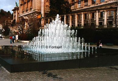 Fontajet Lausanne-Riponne.jpg