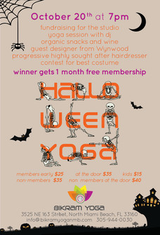 Halloween Yoga 3.jpg