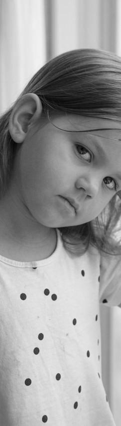 Little Girl (Black and white).jpf
