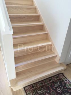 Staircase, skirting