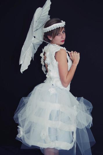 Julie Lacroix robe nana.jpg