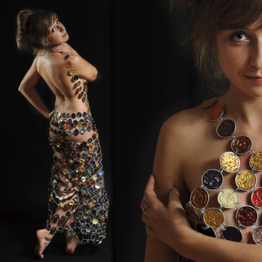 Julie lacroix robe Nespresso.jpg