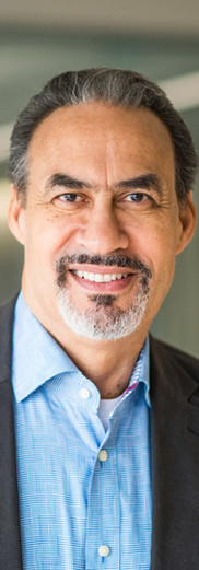 PHILLIP FREELON HEADSHOT.jpg
