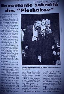 french-newspaper_edited.jpg