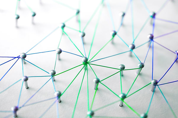 Linking entities. Networking, social med