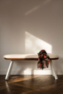 YouandMe_bench_white_ambient_detail_02.j