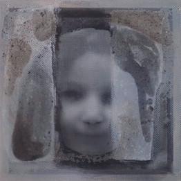 Revival, 2019 Techniques mixtes  30 x 30 x 4 cm  © Reem Yassouf