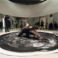 Les Atours de la nuit, 2019 Performance Nuit européenne des Musées Musée de l'Institut du monde arabe, Paris  © Nagham Hodaifa