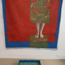 Je t'appelle, 2019 acrylique et impression sur toile, Mosaïque et poisson rouge 170 × 140 cm  © Hura Mirshekari