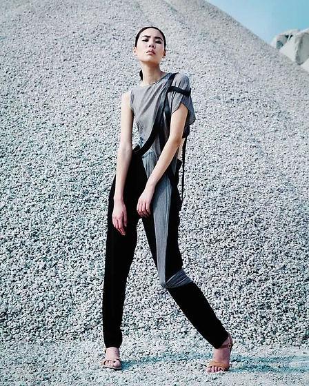 futuristic-fashion-with-gray-top-connect