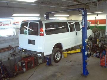 Automotive Hoist