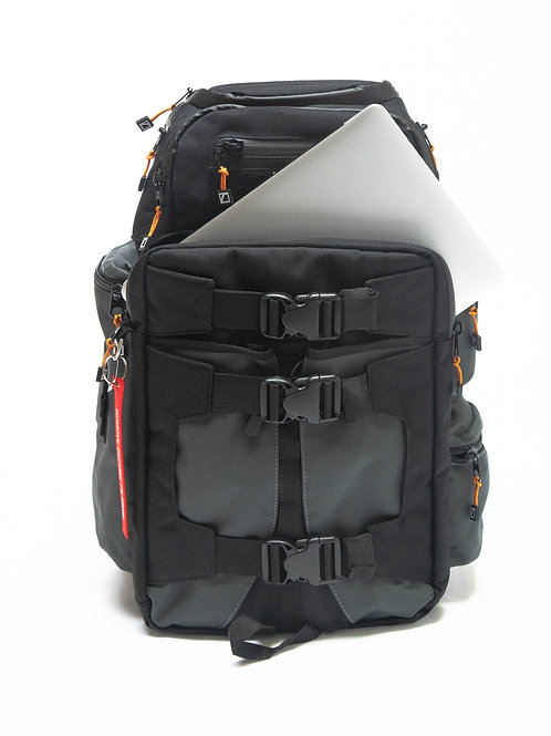 CB25B Revolution Backpack