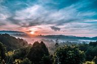 sumbiling_sunrise2.jpg