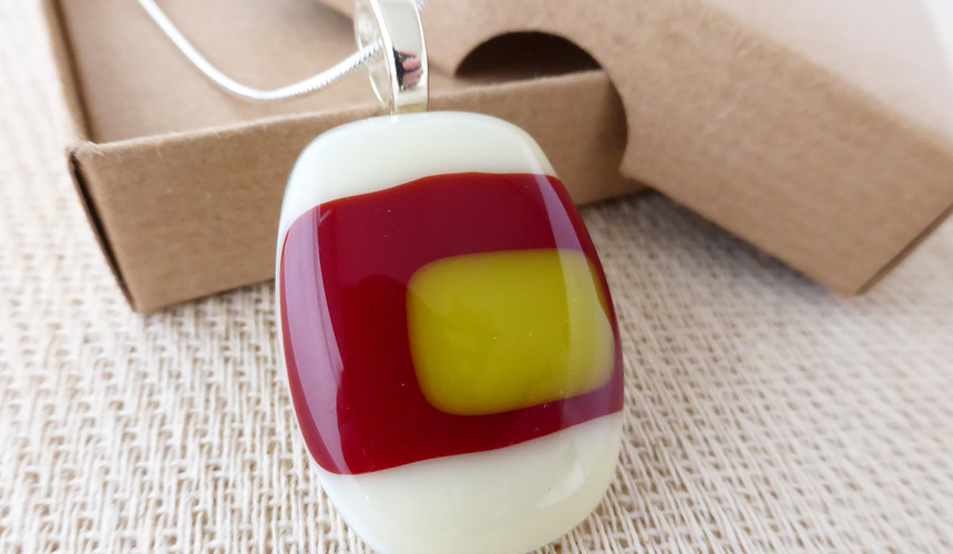 Cream, Red & yellow Retro Pendant