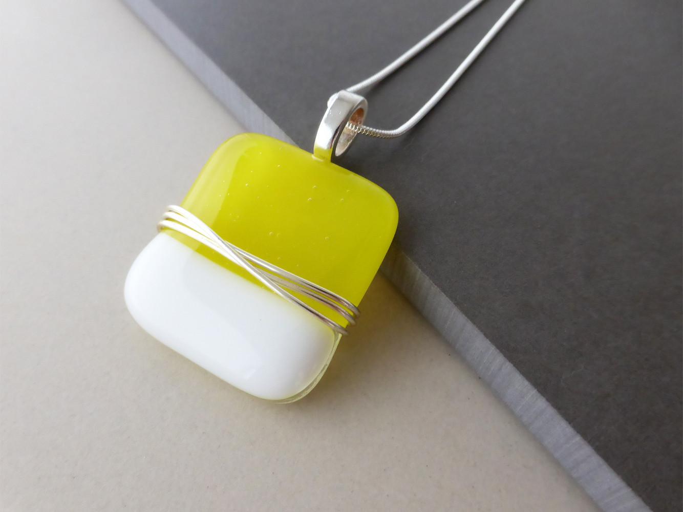 Yellow/White Wire Wrap Pendant