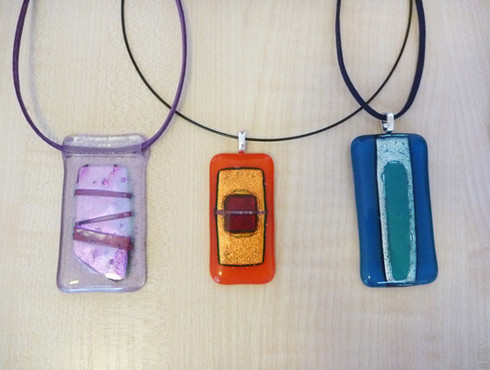 My first ever fused glass jewellery pieces!