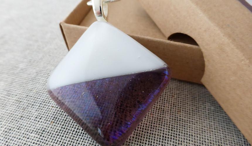 Whit & Clear Purple Diamond