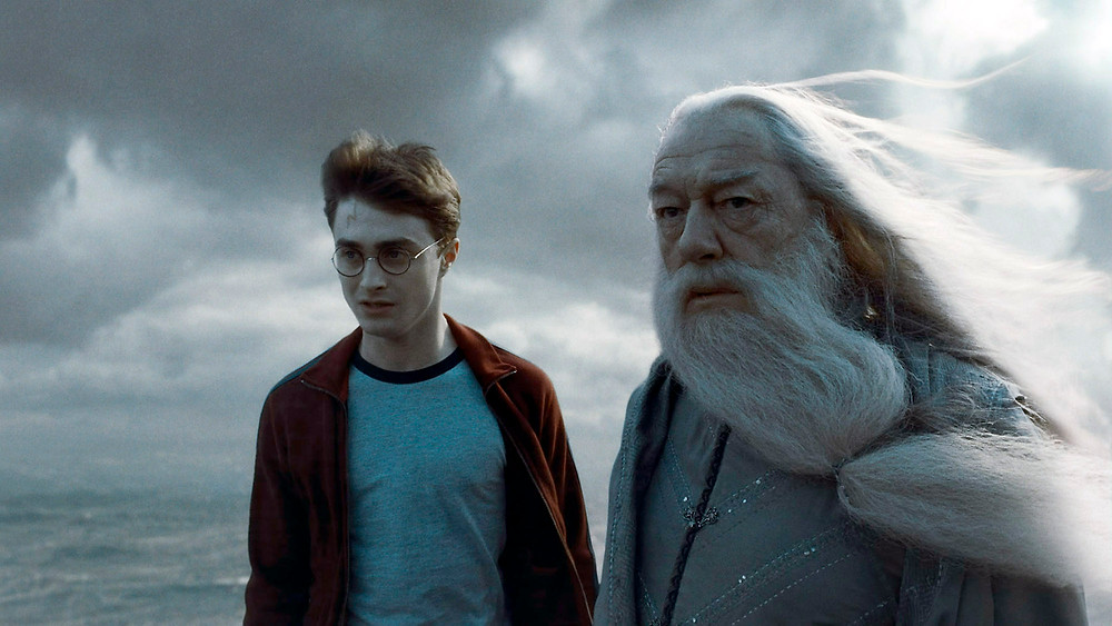 Harry Potter and Albus Dumbledore looking