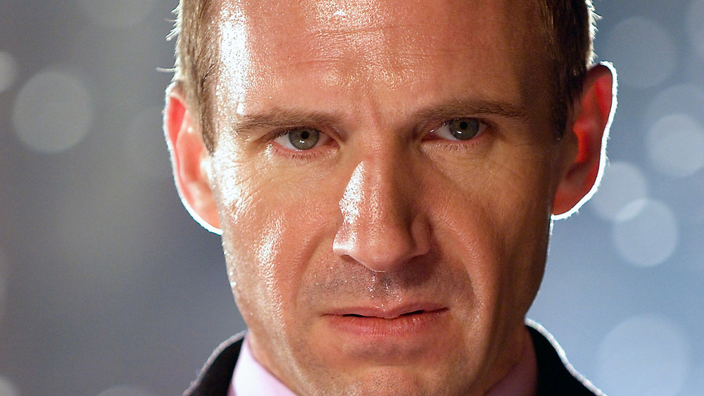 Ralph Fiennes Harry Waters snarling