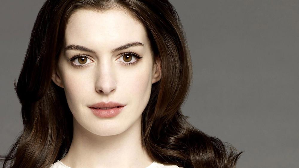Anne Hathaway looking