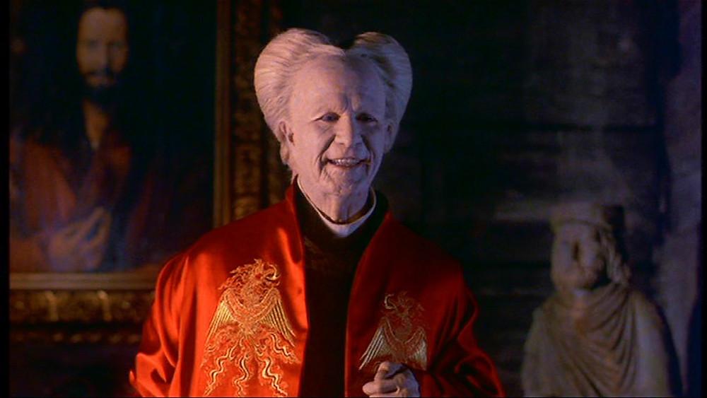Gary Oldman Dracula smiling